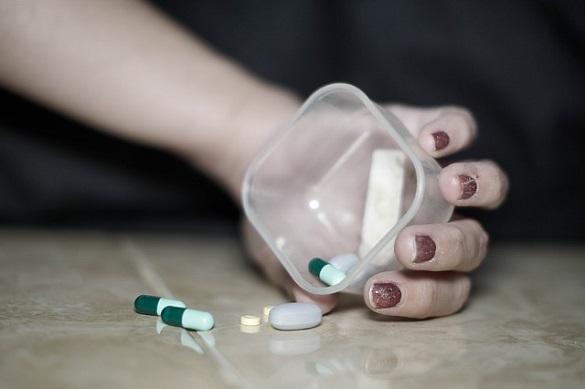Таблетки, рука