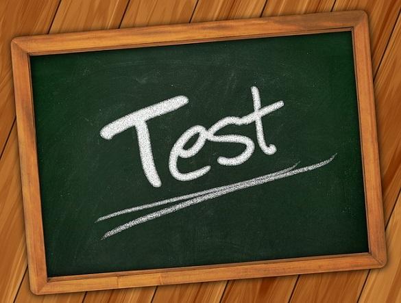 "Надпись ""test"""