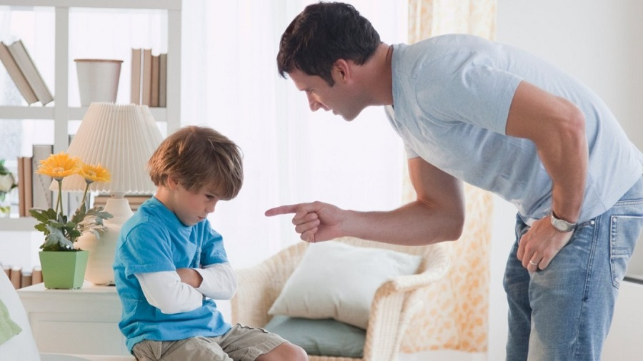 Эмоциональный шантаж и как он вредит нашим детям