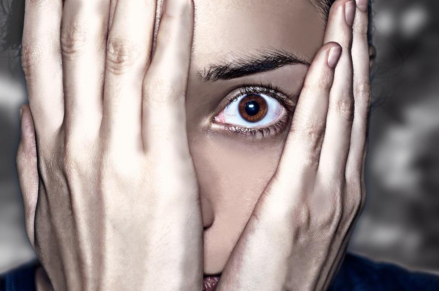 Хроническое беспокойство: определение, симптомы и лечение